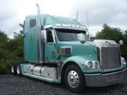 REDUCED))2007 FRIEGHTLINER CORONADO WITH 515 DETROIT 18 SPEED